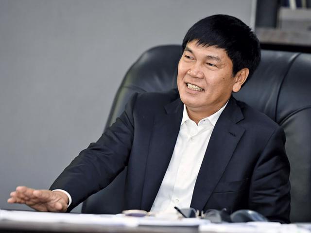 Con trai Chủ tịch Tập đoàn Hòa Phát phải dừng mua 5 triệu cổ phiếu HPG - Ảnh 1
