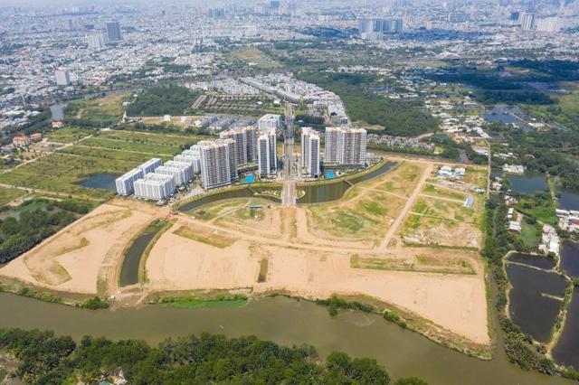 Giá đất nhiều khu vực ngoại thành TP Hồ Chí Minh hầu như không giảm sau cơn sốt đất.