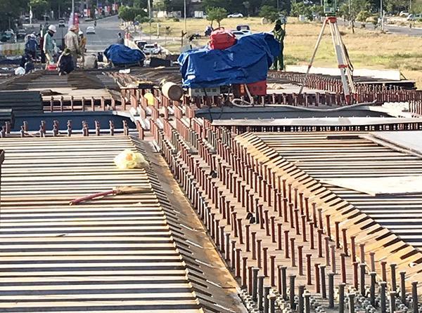 Thị trường thép xây dựng có biến động lớn trong thời gian qua đã gây rất nhiều khó khăn cho các nhà thầu và làm ảnh hưởng đến tiến độ các công trình.
