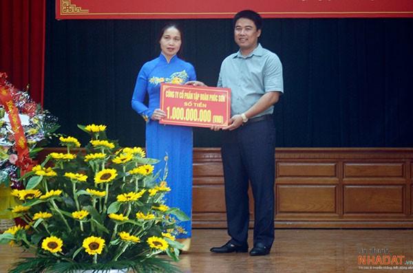 """Đại gia Hậu """"chăn vịt"""" những năm đầu thành lập Công ty CP Tập đoàn Phúc Sơn."""