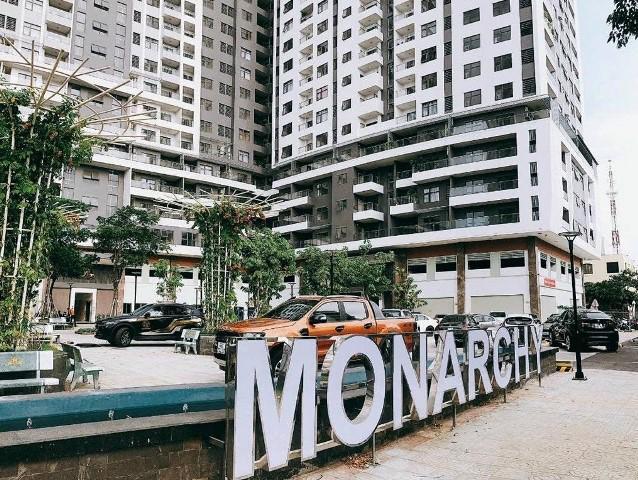 Mặc dù chưa đủ điều kiện theo quy định của pháp luật nhưng chủ đầu tư dự án Monarchy vẫn thực hiện việc bán và bàn giao căn hộ cho khách hàng vào ở.