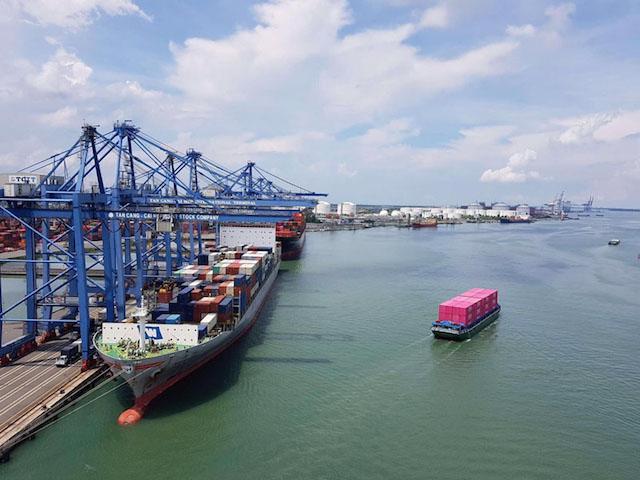 Dự án logistics Cái Mép Hạ có ý nghĩa quan trọng trong việc phát triển cảng biển và logistics, một trong những mũi nhọn kinh tế quan trọng của tỉnhBà Rịa - Vũng Tàu. (Trong ảnh: Toàn cảnh dự án logistics Cái Mép Hạ nhìn từ cảng TCIT)