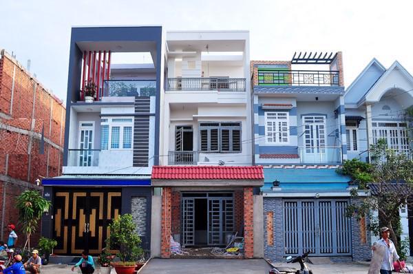 Bất chấp thực tế giá chào thuê giảm, giá rao bán nhà phố và nhà riêng lẻ tại TP Hồ Chí Minh vẫn đều đặn tăng bất chấp dịch bệnh. Ảnh minh họa