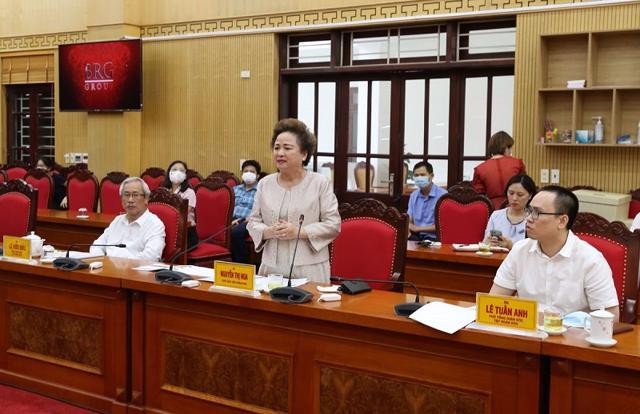 Bà Nguyễn Thị Nga – Chủ tịch HĐQT Tập đoàn BRG phát biểu tại buổi làm việc với UBND tỉnh Thái Nguyên.