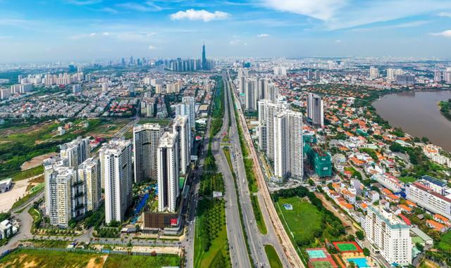 Phân khúc căn hộ tại TP.HCM không ngừng tăng giá, tốc độ tăng ngày càng mạnh, hiện đã cao gấp 1,5 lần so với căn hộ tại Hà Nội (Ảnh minh hoạ)