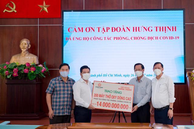 Tập đoàn Hưng Thịnh hỗ trợ khẩn hàng chục tỉ đồng cho TP.HCM chống dịch COVID-19 - Ảnh 1