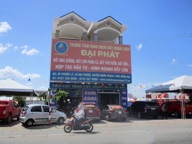 Trụ sở Trung tâm giao dịch bất động sản Đại Phát tại huyện Nhơn Trạch, tỉnh Đồng Nai