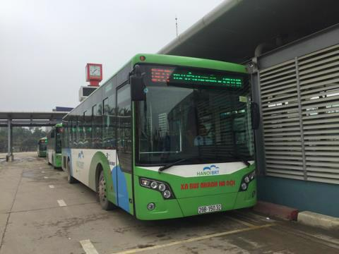 Thanh tra Chính phủ chỉ ra nhiều sai phạm liên quan đến dự án xe buýt nhanh BRT của Hà Nội - Ảnh: NLĐ