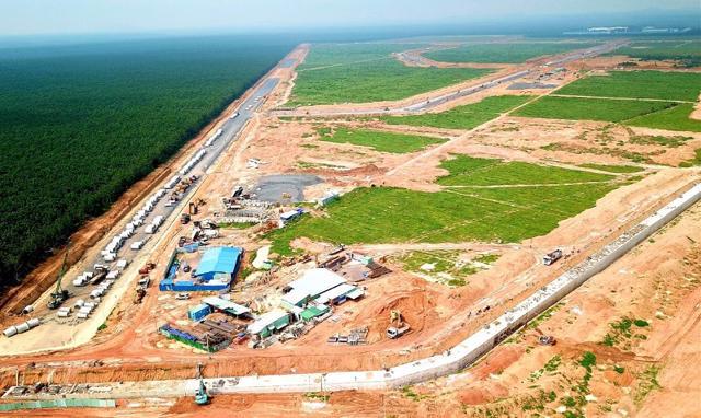 Dự kiến tháng 10 sẽ bắt đầu thi công gói thầu san lấp mặt bằng phục vụ xây dựng sân bay Long Thành.