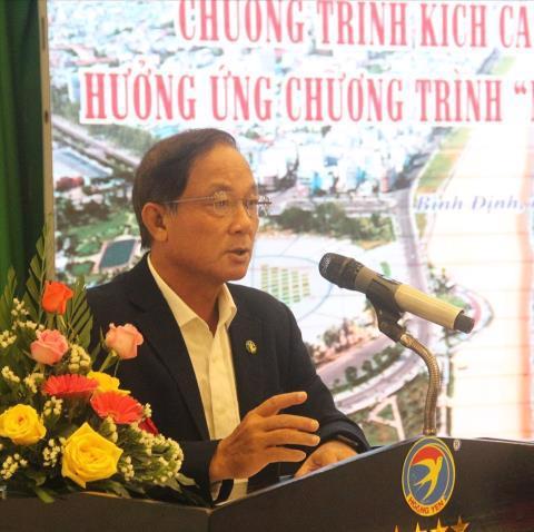 Giám đốc Sở Du lịch Bình Định Nguyễn Văn Dũng trong một sự kiện kích cầu du lịch Ảnh: Lao động