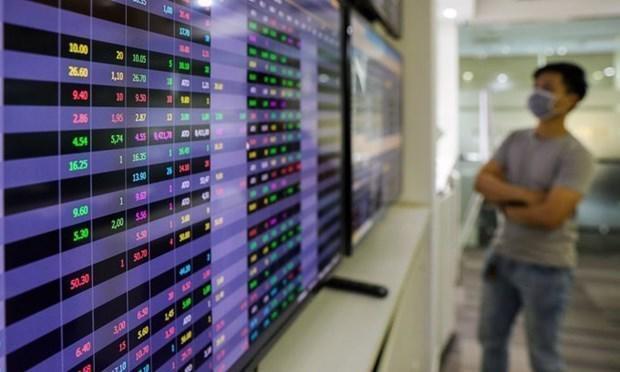 Sắc xanh phủ kín thị trường, VN-Index vụt tăng 18 điểm - Ảnh 1