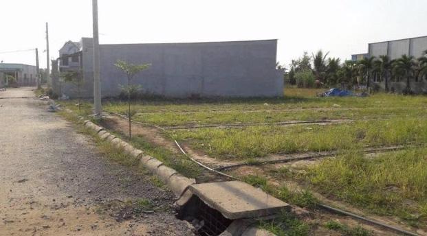 Nhiều khu đất đã phân lô nhưng không thể triển khai bán do dịch bệnh (Ảnh: Nhịp sống kinh tế)