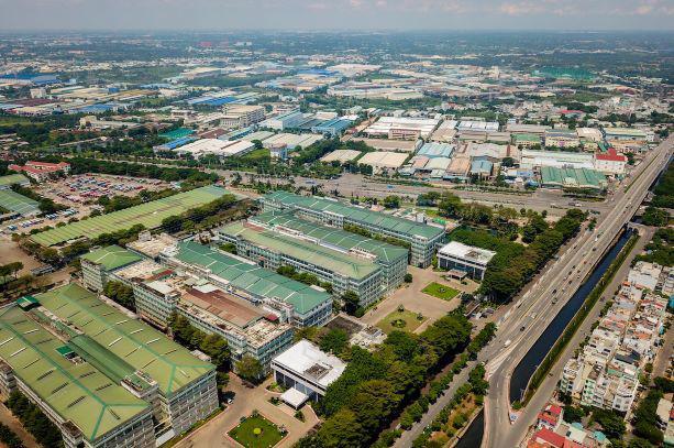 Khu công nghiệp Tân Tạo thuộc quận Bình Tân, nơi tập trung hàng trăm công ty sản xuất trong và ngoài nước. Ảnh: Quỳnh Trần