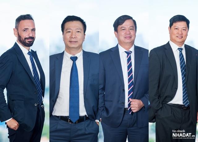 4 Phó tổng giám đốc Cotecons được bổ nhiệm, từ trái qua: ông Chris Senekk, ông Nguyễn Ngọc Lân, ông Võ Hoàng Lâm và ông Phan Hữu Duy Quốc.