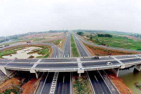 Theo quy hoạch mạng lưới đường bộ, đến năm 2030, có khoảng 5.004 km đường bộ cao tốc