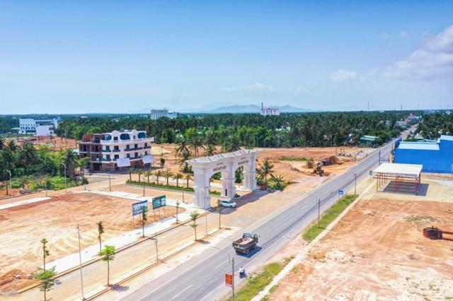 Bình Định phê duyệt chủ trương đầu tư 2 dự án khu đô thị và thương mại hơn 2.000 tỷ đồng - Ảnh 1