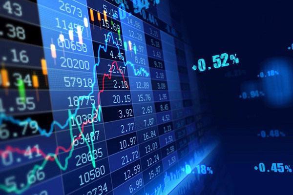 Hàng loạt cổ phiếu có yếu tố dẫn dắt như BVH, MSN, VNM giảm sâu - Ảnh 1