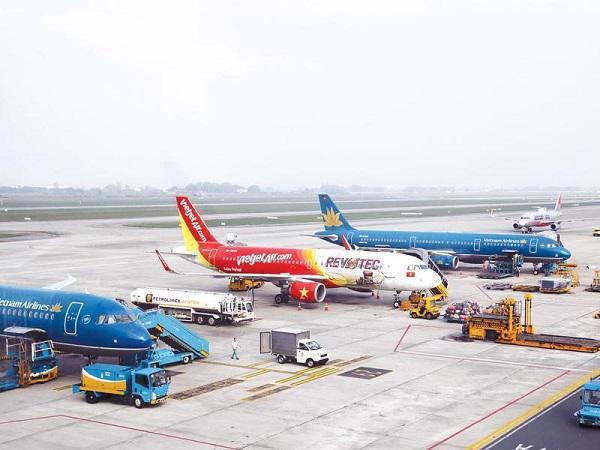 """Hiệp hội Doanh nghiệp hàng không kiến nghị vay hơn 30.000 tỷ đồng để """"giải cứu"""" các doanh nghiệp hàng không."""