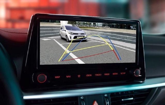 Kia K3 sở hữu màn hình lên đến 10.25 inch lớn nhất phân khúc.