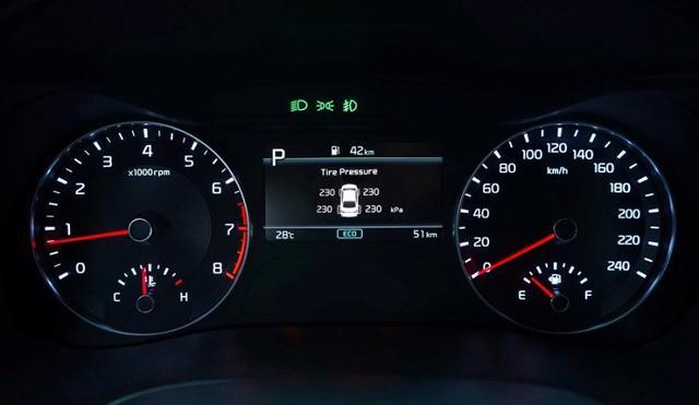 Hệ thống cảm biến áp suất lốp.