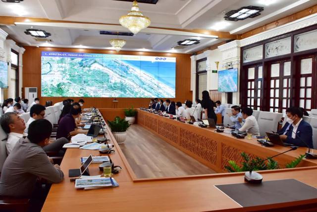FLC muốn trở thành nhà đầu tư chiến lược của Thừa Thiên Huế - Ảnh 1
