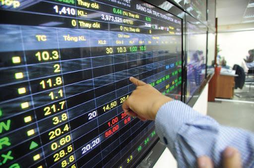 Các công ty chứng khoán nâng cao chất lượng sản phẩm dịch vụ để hút dòng vốn.