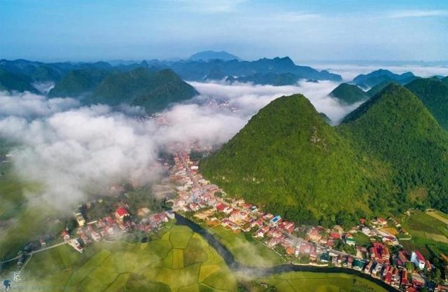 Tin nóng bất động sản tuần qua: Công ty liên quan TNG Holdings trúng thầu dự án hơn 800 tỷ tại Lạng Sơn - Ảnh 1